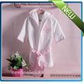 precioso 2014 nuevo estilo cómodo y barato batas de baño de color rosa con capucha de algodón para niños