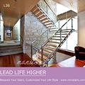 Acero inoxidable escalera moderna de vidrio con madera&