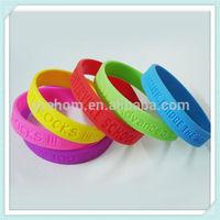 cheap promotion silicon bracelet custom silicone rubber wristband