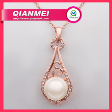 Chinese Fashion latest design Gold Color Pearl necklace