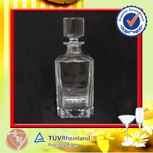wholesale high grade 750ml whisky glass bottles with glass lid