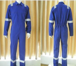 fire safety workwear/flame retardant workwear/protective clothing/FR