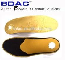 ラテックスの姿勢制御ラテックスと革の靴の中敷き毛皮インソール