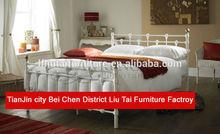Baratos cama de metal antiguos/2014 el último sofá-cama doble cama de metal con los listones de madera base( mb- 35)