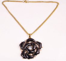 2015 the most fashionable products black flower necklace with cryastal for women