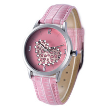 2015 new and hot lady gift fashion wrist valentine's quartz watch
