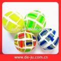 verificado padrão branco superfície da tira de borracha sólida borracha máquina de vending bolas