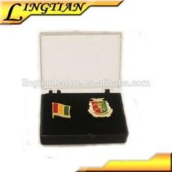 2015 Zinc Alloy Metal Customized National Flag Badge Pin