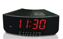 HOME AM/FM TWO WAY RADIO RECEIVER RETRO LED ALARM CLOCK RADIO
