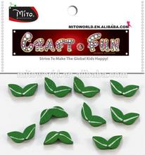 MTCR-WDC066 green leaf diy wood beads