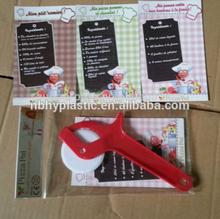 Ningbo Gift plastic blade pizza cutter