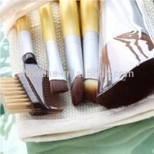 Resonable Price blending make up brush for girls and women