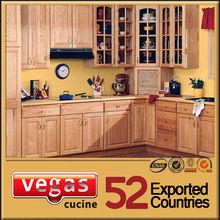 Modern L-shaped with island beech kitchen