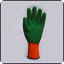 protective gloves cutting glass