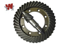 OEM UTB Tractor Spiral Bevel Gear ISO9001