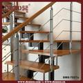 interni moderni scale di legno per piccole case