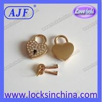 New brand Popular Selling Golden handbag love heart mini locks with dimonds