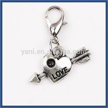 Yiwu Global win Direct wholesale Heart shaped living floating lockets Antique silver locket dangle