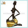 Mode dernières résine statue de femme africaine/résine africain lady statue pour la décoration maison