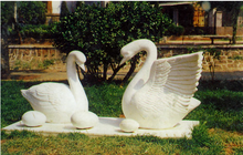 Outdoor Fiberglass Garden Sculpture Modern Art Sculpture - Swan
