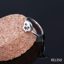Wholesale custom new design fashion silver color metal male skull ring