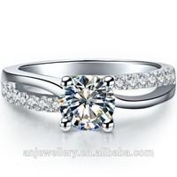 Halo custom pt900 diamond rings