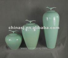 Handmade celadon glaze ceramic storage jar WRYUE18