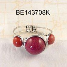 candy bracelet pink resin stone new design hot sale zinc alloy bangle at rottom price