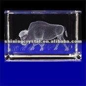 New arrival lifelike 3D laser Crystal Buffalo animal figurine