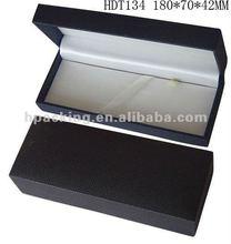 Two-tone pen box