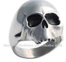 2012 fashion skull rings for men
