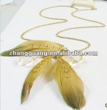 fashion colorful feather with bead Pendant necklace jewelry