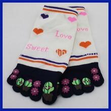Hot fashion women five toe socks,cotton five toe socks,lovely cartoon girl five toe socks
