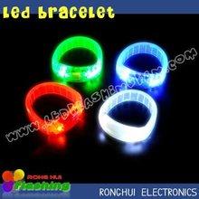 2012 strendy led plastic bracelet glowing custom logo