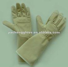 2013 Novel Design Long Style Garden Hand Protection Glove