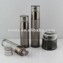 Black Cylinder With Black Metalised Finger Spray