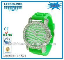 fashion rhinestone japan quartz movt steel back geneva watches silicone rubber products LH5031