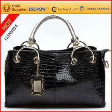 Durable black handle ladies purses and bags