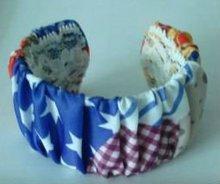 Cheap fashion plastic bracelet wrapped by cotton fabric
