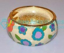 fashion wholesale gold epoxyed bangle stand