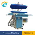 Máquina de la prensa industrial de planchar la ropa de vapor