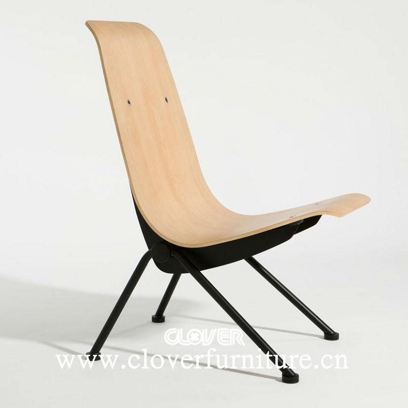 chaise de jean prouve antony de reproduction chaises en. Black Bedroom Furniture Sets. Home Design Ideas