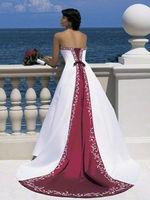2013 Gorgeous Burgundy and White Wedding Dress