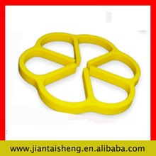 16.5cm Multifuntional silicone lace mat, hot pot stand