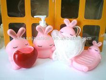 OEM 500ml vinly cartoon figure shampoo bottle rabbit