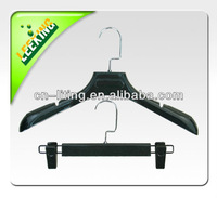 plastic clothes hanger with clips pants hanger