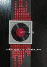 2013 fashion watch,silicon band ,alloy case watch