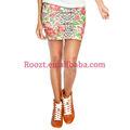 2014 de verano de moda floral mini falda estampada modelo