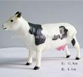 Pequeño animal de granja de plástico de la vaca de juguete de vinilo