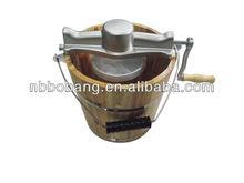6-quart wooden bucket hand crank ice cream maker